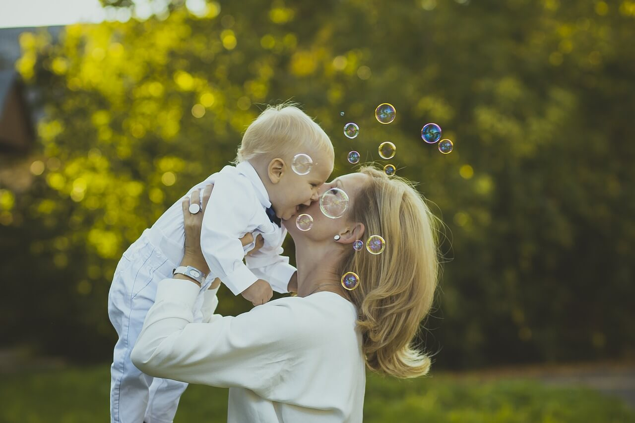 Счастье, мама и малыш