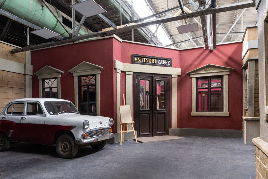 Съемочный павильон в стиле итальянского ресторана