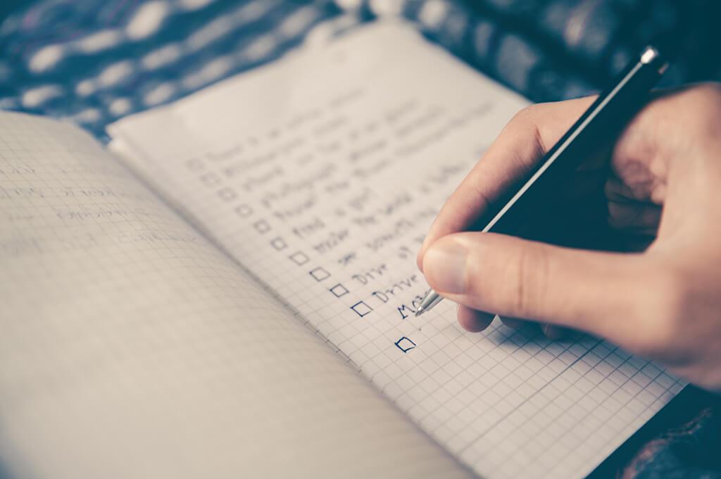 План на день в ежедневнике