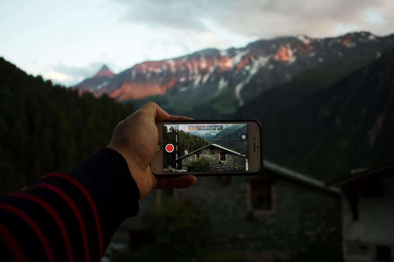 Обзор приложений для съёмки на смартфон