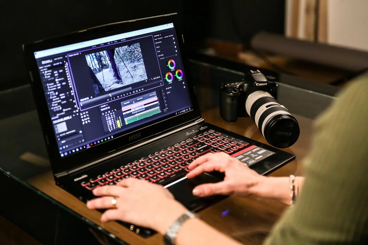 Если есть хороший видеоматериал, то монтировать его - одно удовольствие